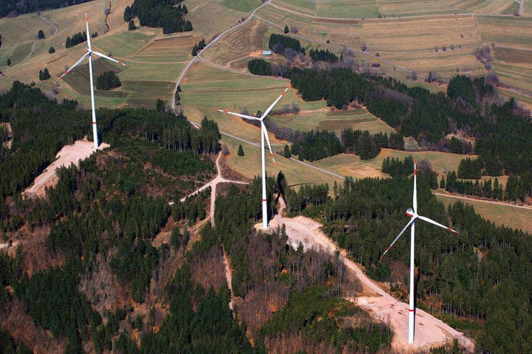 Der Bau von Windkraftanlagen reißt Sch...s Bild zeigt den Glaserkopf bei Hasel.  | Foto: Erich Meyer