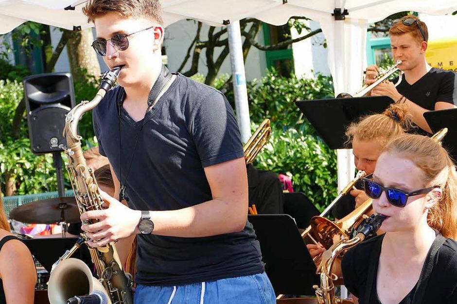 Musik und gute Laune bei der School's-Out-Party auf dem Rudolf-Eberle-Platz (Foto: David Rutschmann)