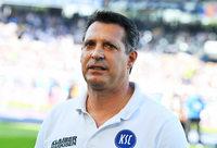 Alois Schwartz bleibt Trainer beim KSC