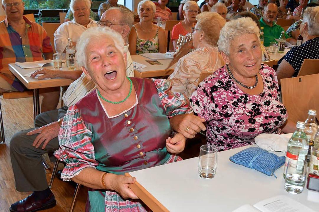 Freude und Begeisterung bricht sich trotz hochsommerlicher Temperaturen Bahn.  | Foto: Dieter Erggelet