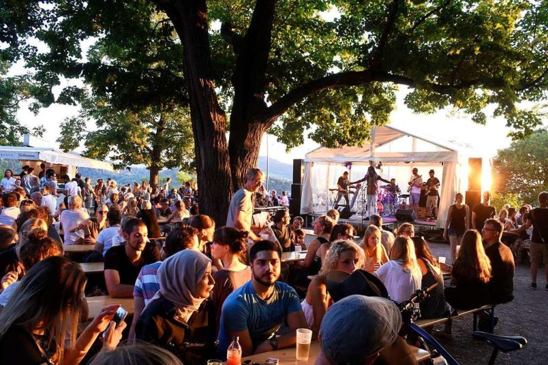Die Reggae-Band Mosiah spielte am Donnerstag auf dem Kanonenplatz.  | Foto: Thomas Kunz
