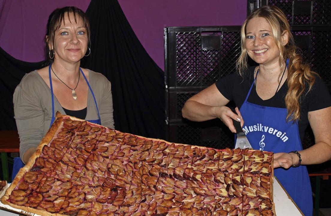 Die Waie von der Inzlinger  Bäckerei K...ch in diesem Jahr wieder riesig sein.   | Foto: Paul Schleer