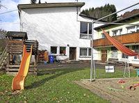 Zwei Kindergärten öffnen länger