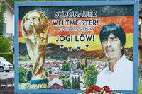 Die Schönauer Weltmeister-Tafel bleibt stehen