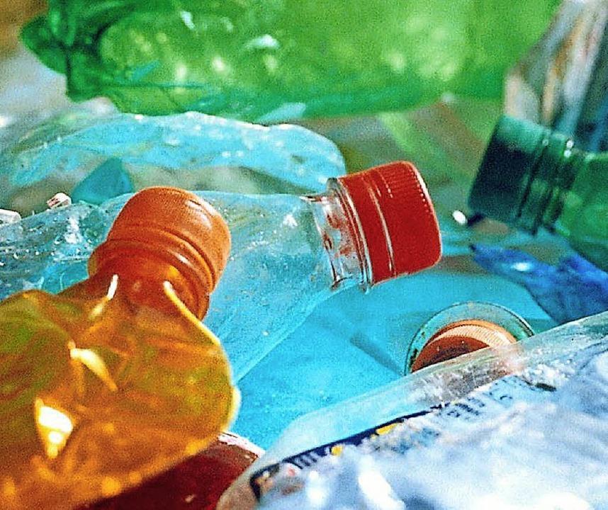 Überall Plastik   | Foto: dpa
