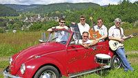 Mit der Schlagerband Old Rabbits in Lenzkirch