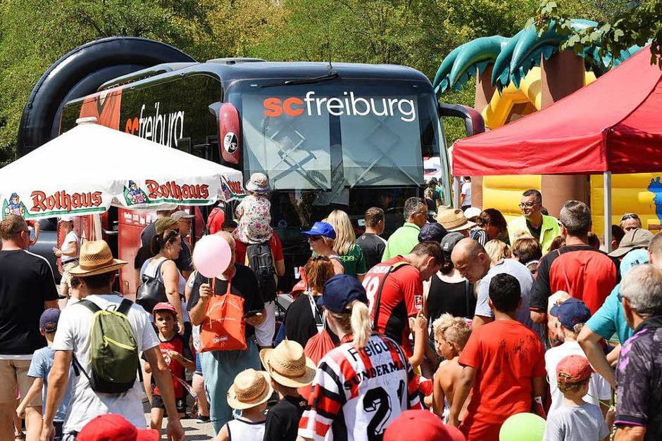 Beim SC-Stadionfest am Samstag herrschten heiße Temperaturen.<?ZP?> (Foto: Rita Eggstein)