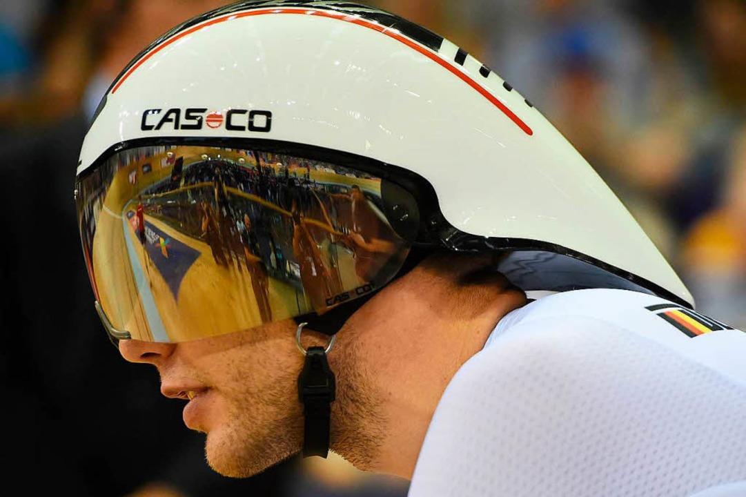 Weinstein – mit aerodynamischem Helm kurz vor dem Start des Finalrennens  | Foto: AFP