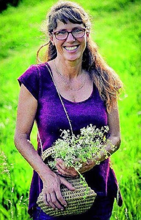 Sieht sich als Kräuterbotschafterin: Nicole Kaiser.   | Foto: Schuhmann