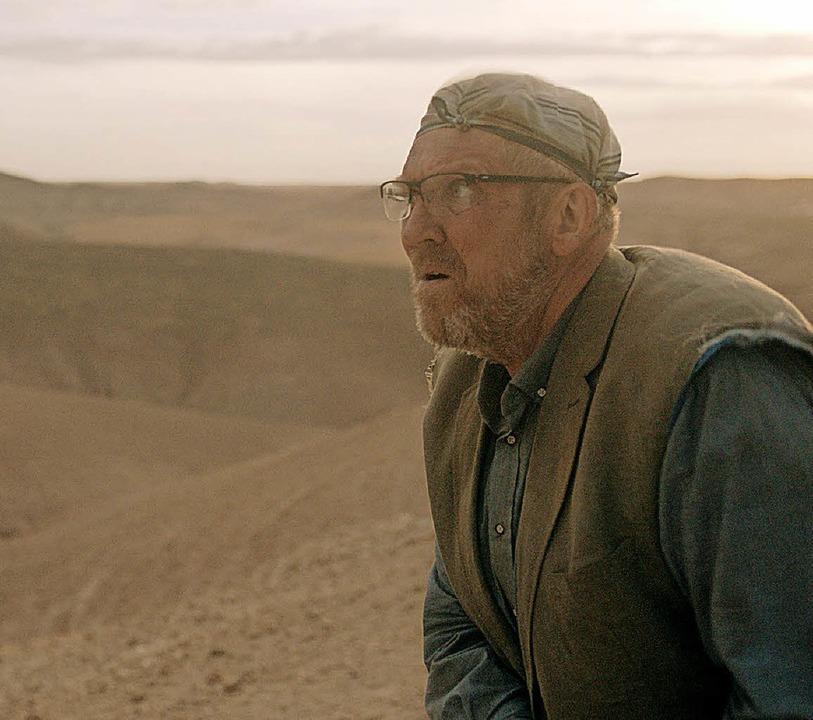 Dietmar Bär spielt Winkler, der in der Wüste ausgesetzt wird.   | Foto: Schultheiß/ZDF