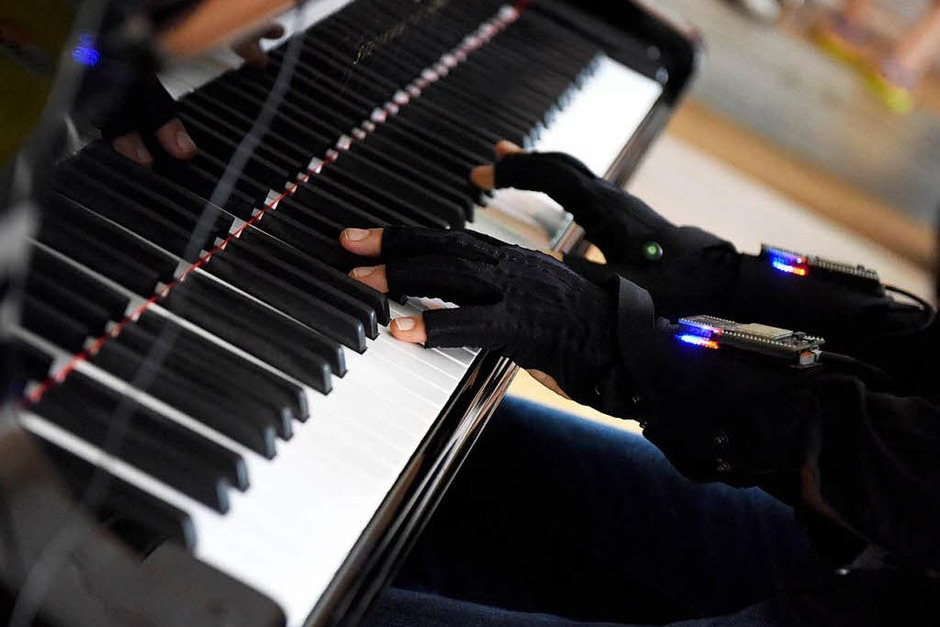 """Klangimprovisationen mit dem futuristischen Klavierprojekt """"Pyanook"""" (Foto: Rita Eggstein)"""
