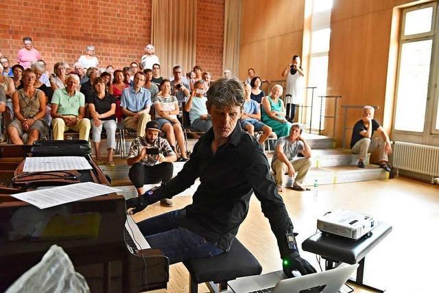 BZ-Leser hören durch Ralf Schmid die Musik der Zukunft
