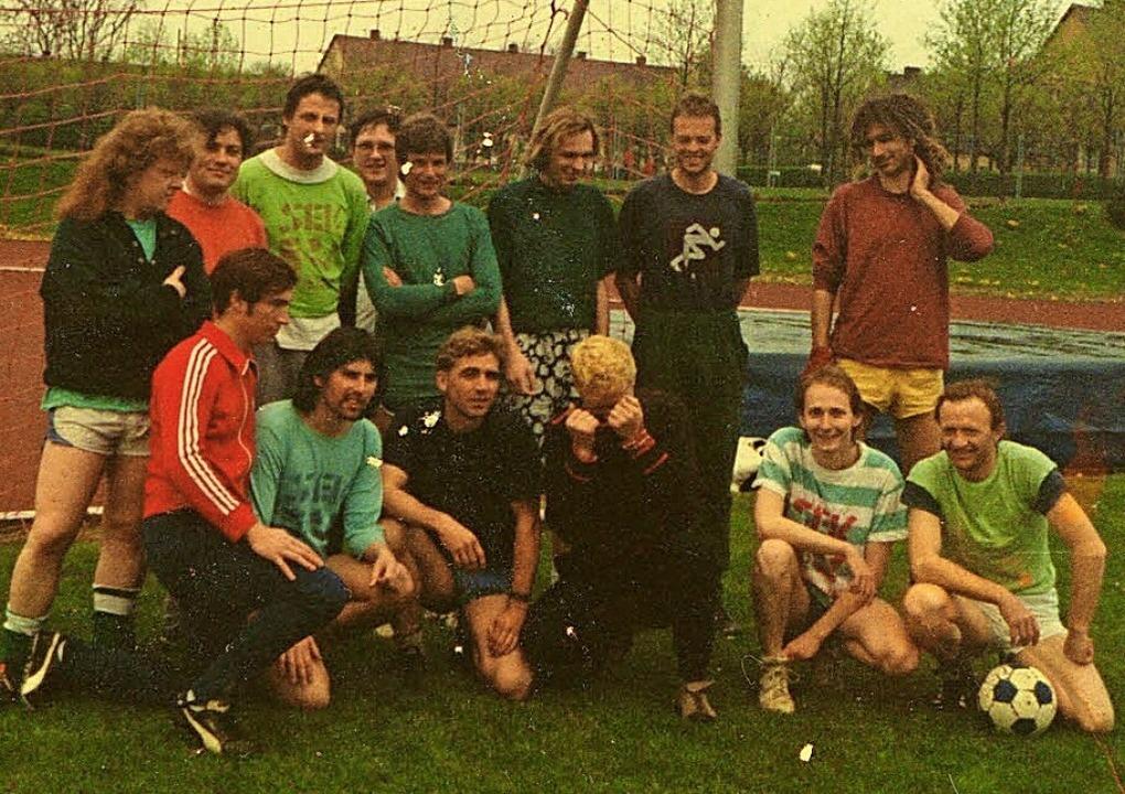 Körperliche Ertüchtigung zwecks revolu...EK) in seinen ungestümen Anfangsjahren    Foto:  Sek-Archiv