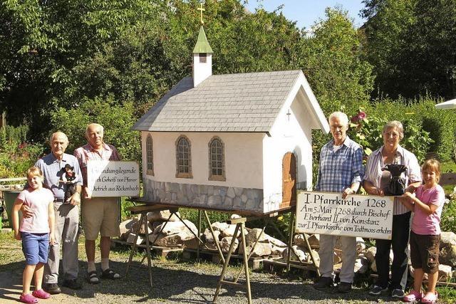 Ein Modell der ersten Kirche