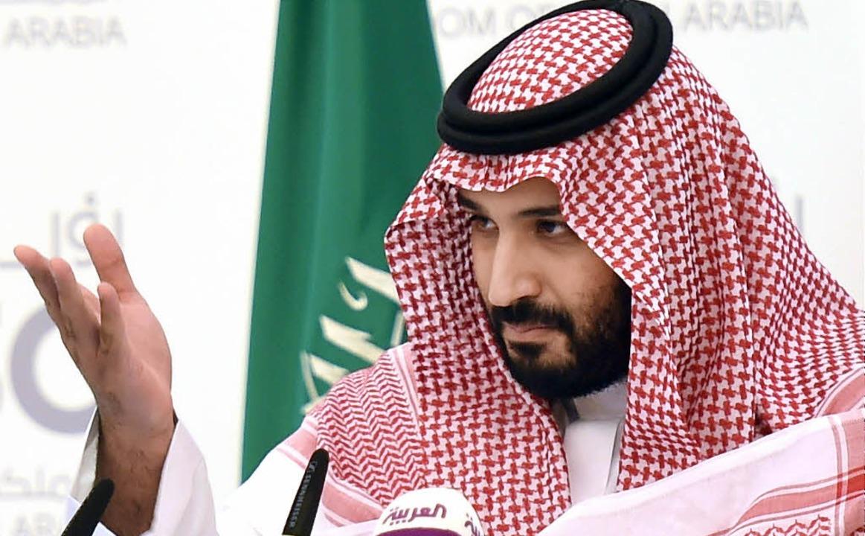 Kronprinz Mohammed bin Salman bei einer Pressekonferenz in Riad  | Foto: AFP