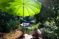Das Tibet Kailash Gartencafé ist eine zauberhafte Oase mitten in Freiburg