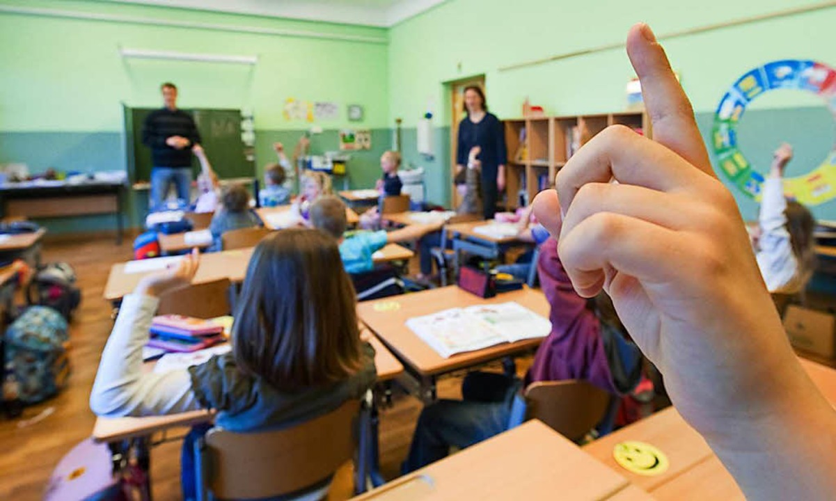 Nach Prognosen der Gewerkschaft GEW bl...500 Stellen an Grundschulen unbesetzt.  | Foto: dpa