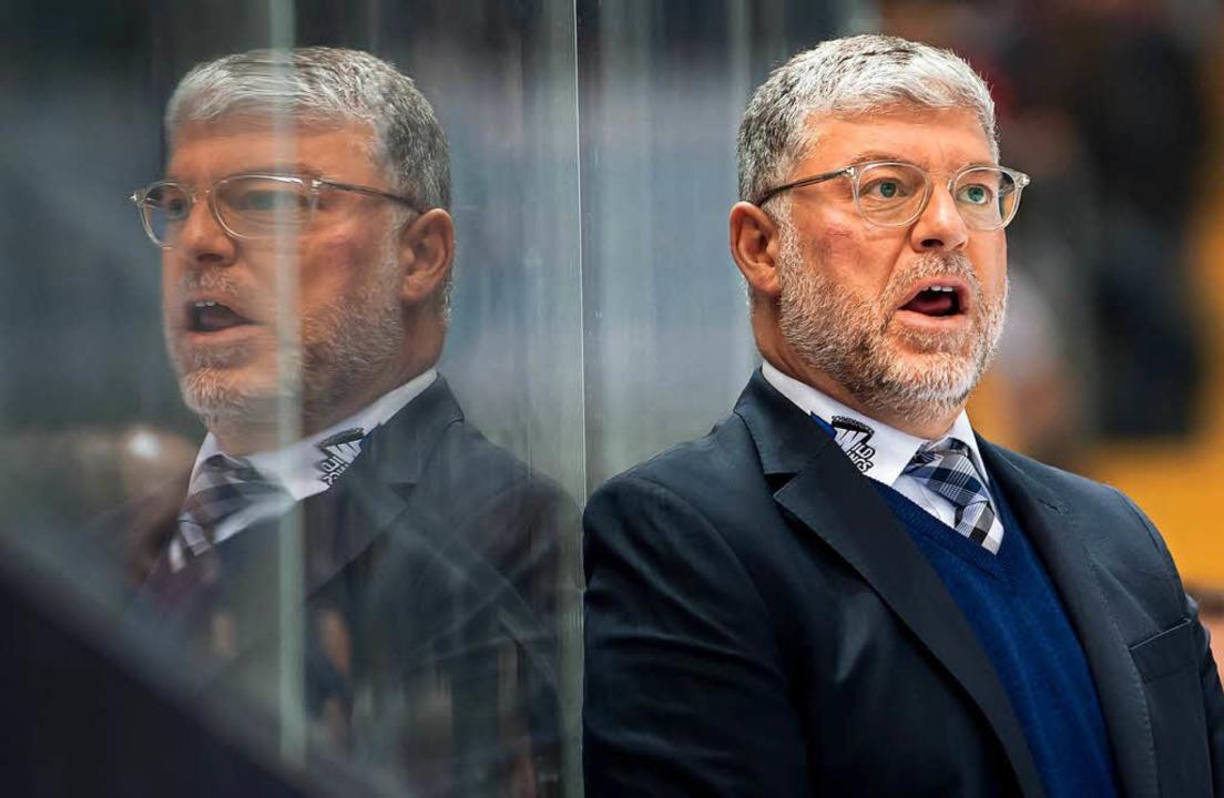 Schwenningens Coach Pat Cortina.  | Foto: dpa
