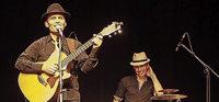 Die französische Band Manny spielt im Jesuitenschloss