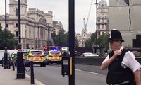 Anti-Terror-Polizei ermittelt nach Attacke mit Auto in London