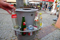 10 Offenburger Mülltonnen haben jetzt Pfandringe