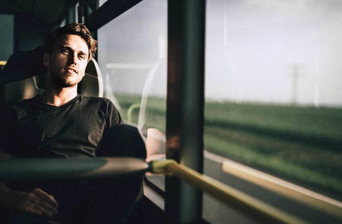 Das Reisen inspiriert ihn: Thomas Hübner alias Clueso  | Foto: Christoph Köstlin