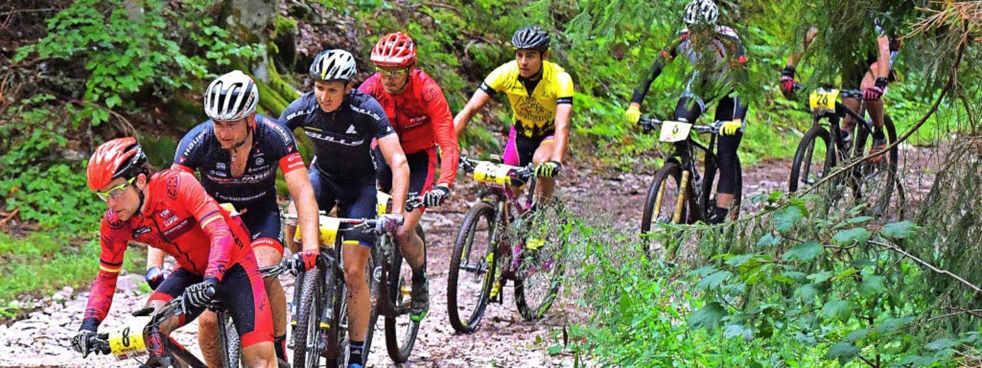 Vorjahressieger Simon Stiebjahn (Dritt...haus Bike Giro bisher alles im Griff.     Foto: Wolfgang Scheu (A)