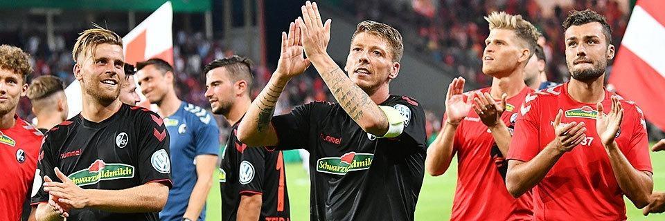 Zitterpartie: SC Freiburg gewinnt nach Elfmeterschießen in Cottbus