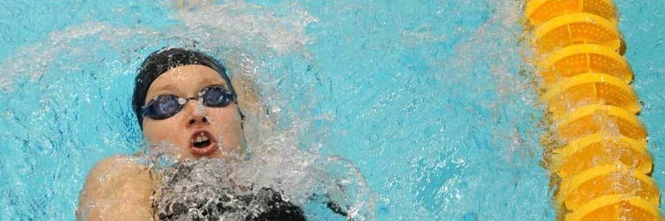 1000 Zeichen Hass: Die morgendlichen Schwimmer im Freibad