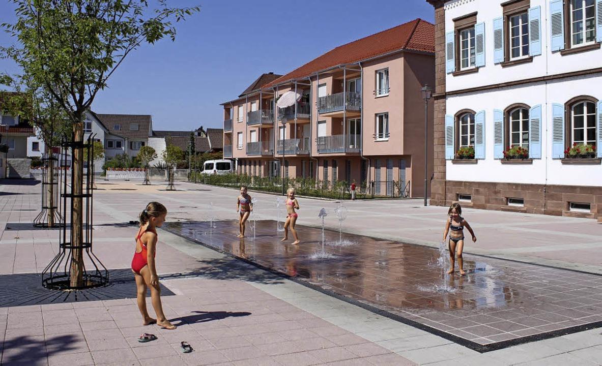 Die Sanierung der ORtsmitte Ringsheim ist nun offiziell abgeschlossen.  | Foto: Gemeinde