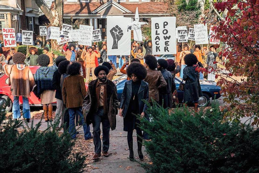 Stallworth und sein Schwarm  Patrice (... Protestaktion   schwarzen Studenten.   | Foto: universal