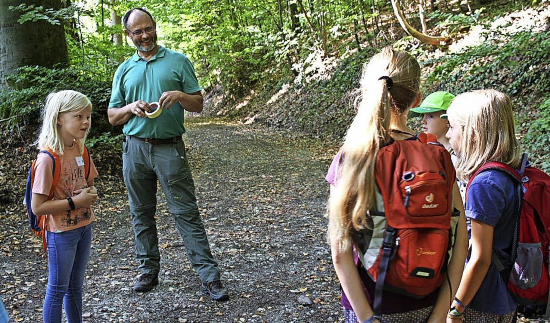 Förster Frank Otteni begeisterte für den Wald.    Foto: Christiane Franz