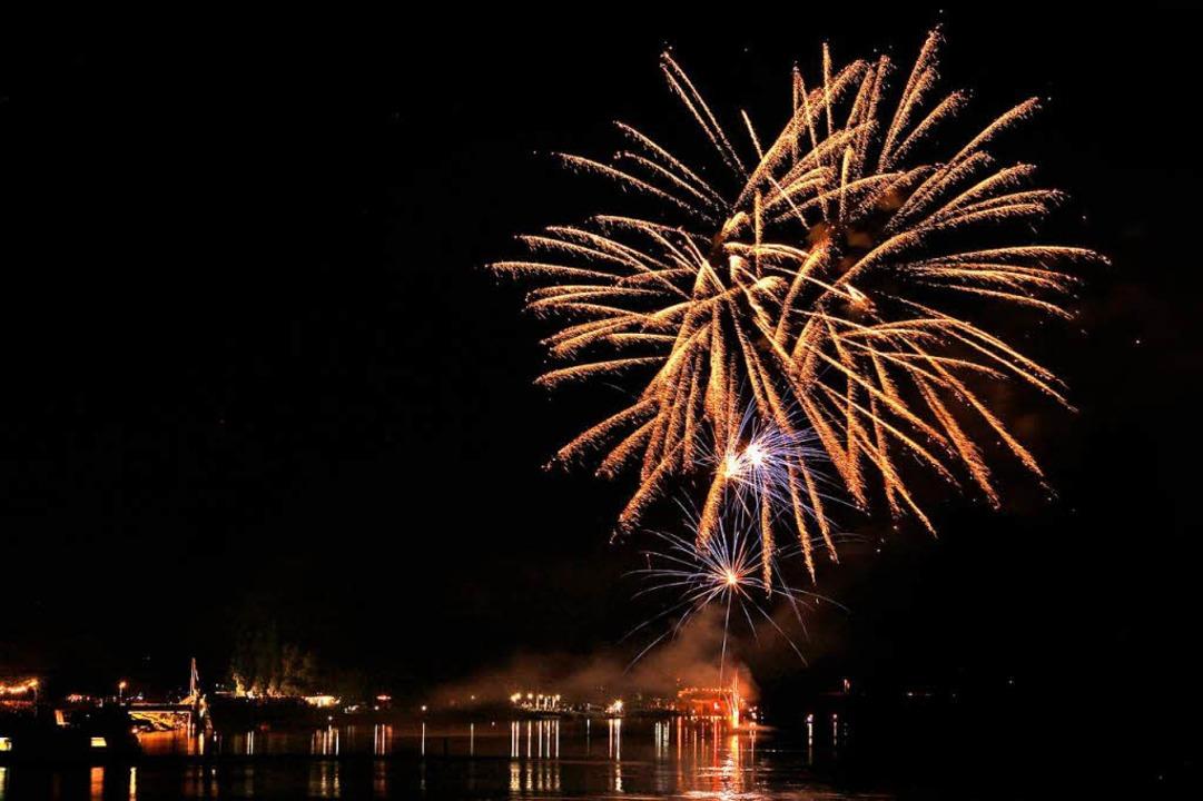 Auch ein großes Feuerwerk ist wieder geplant.  | Foto: Hans-Peter Ziesmer
