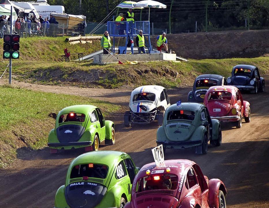 Erstmals seit mehreren Jahren gingen d...Auto-Cross immer wieder vor (rechts).   | Foto: Doris Dehmel
