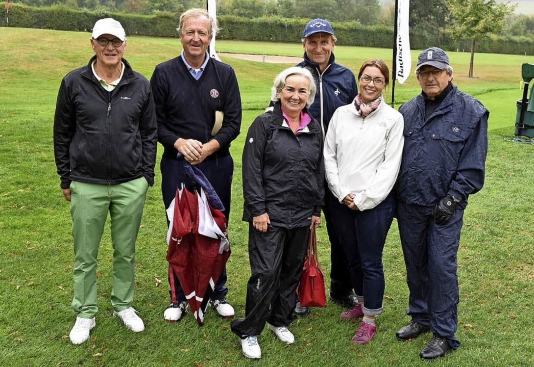 Golfspielen  für  einen guten Zweck (v...Katrin Würtherle und  Roland Laszig.      Foto: Rita Eggstein