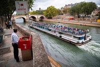 Ein öffentliches Urinal sorgt in Paris für Ärger