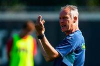 SC Freiburg muss nach Bandscheibenvorfall weiter auf Christian Streich verzichten
