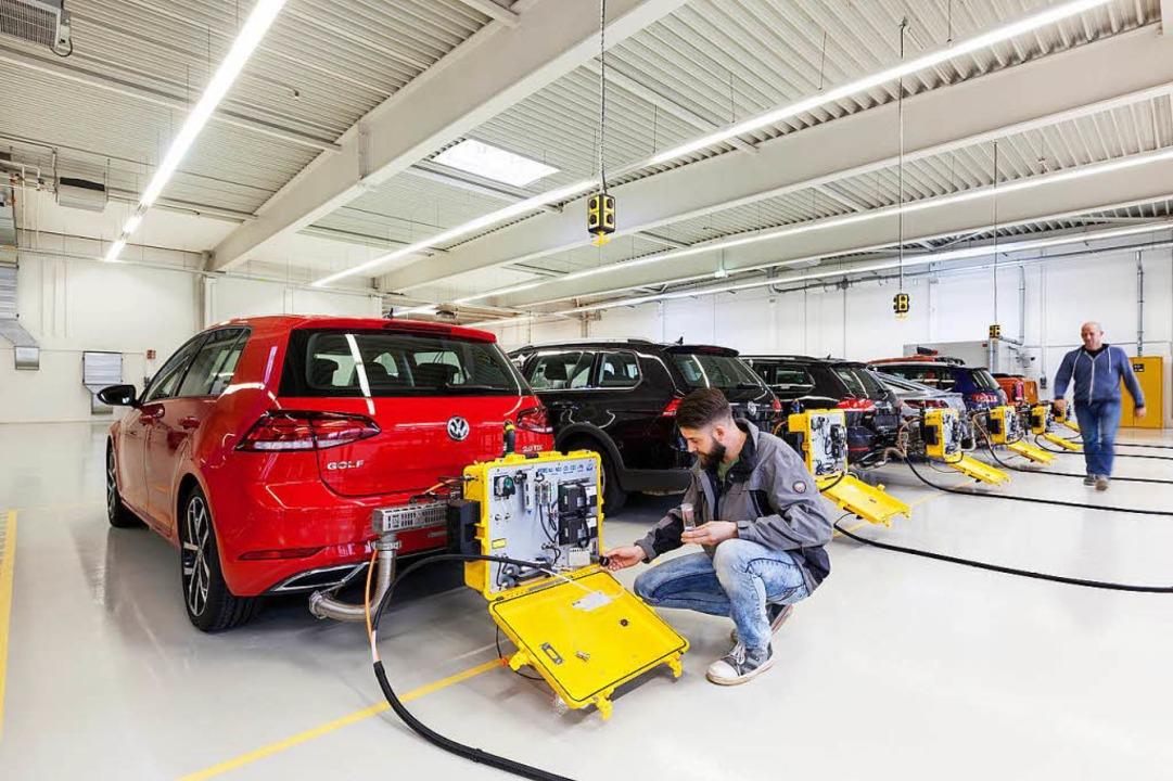 Künftig müssen alle Neuwagen mit dem neuen Verfahren getestet werden.    Foto: dpa