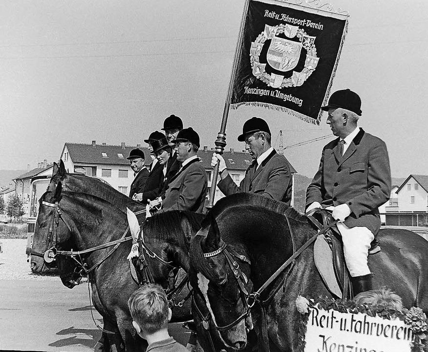 Aus Kenzingen kamen die Reiter des  do...vereins, um am Festumzug teilzunehmen.  | Foto: Armin Möller