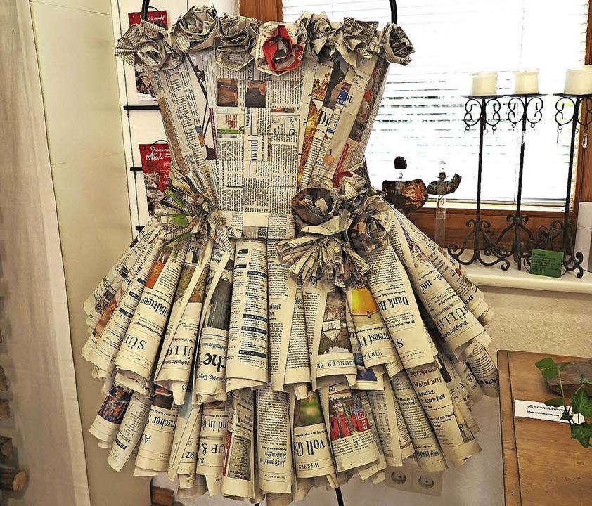 Wenn die Badische Zeitung zum Cocktail...pp> eine Kreation von Ilke Weisenseel   | Foto: Dorothee Philipp