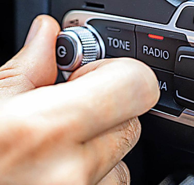 Im Auto wird gerne und oft Musik gehört.     Foto: dpa