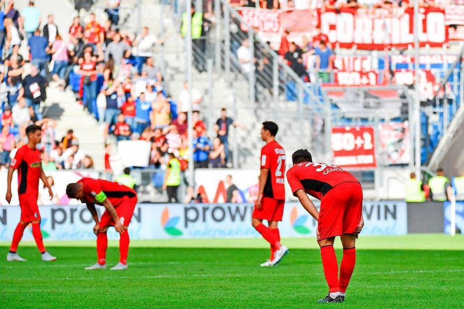 Trauriger Freiburger: Nach einem intensiven Spiel verliert der SC Freiburg gegen Hoffenheim mit 1:3. (Foto: Achim Keller)