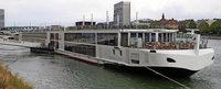Das schwimmende Hotel auf dem Rhein