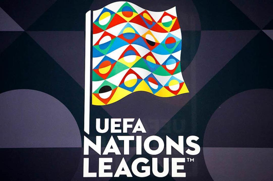 Die einen steigen auf, die anderen ab,...zu gewinnen: die neue Nations League.   | Foto: DPA