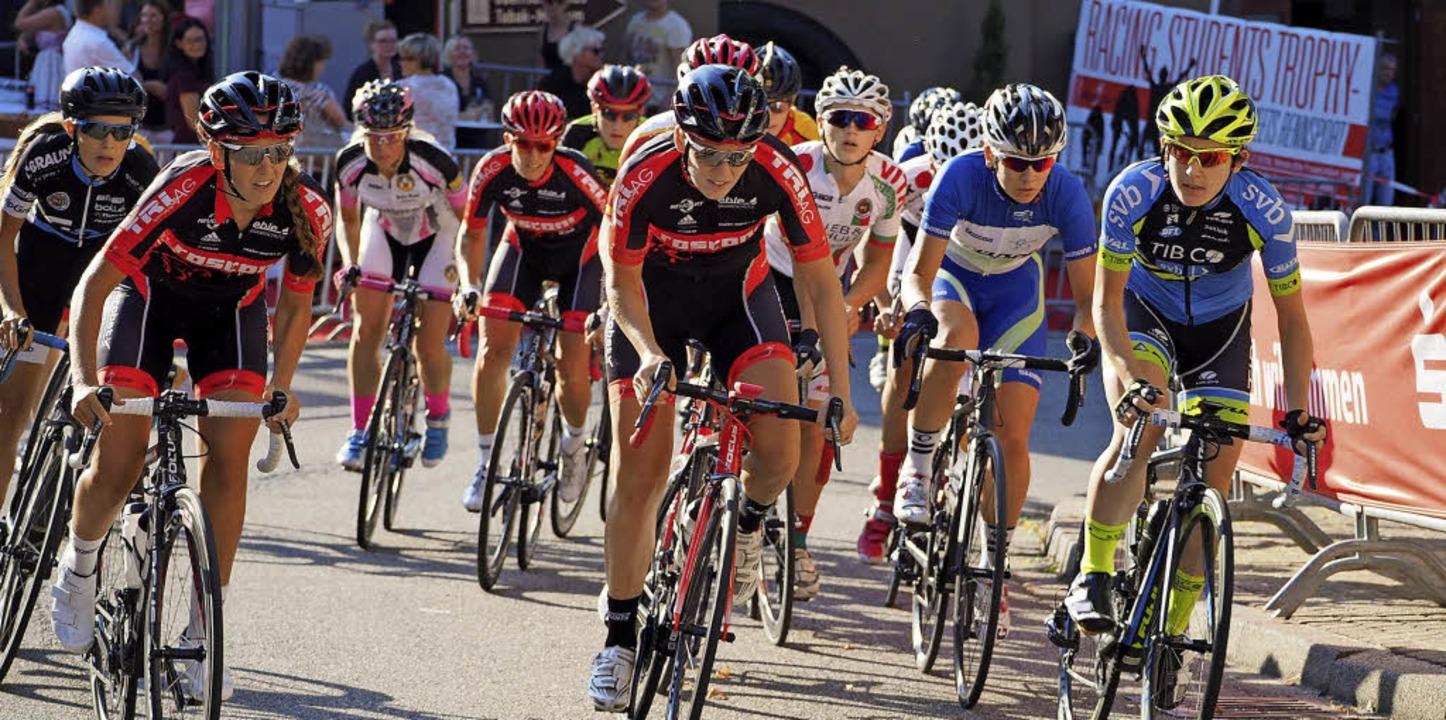 Schon im September 2016 gab es ein Rad...d zeigt die Frauen und Jugendlichen.    | Foto: Susanne Gilg