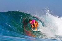 Internationale Surf-Organisation zahlt nun gleiches Preisgeld für Frauen