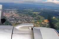 Oldie am Himmel – altes Flugzeug dreht Runden über dem Dreiländereck