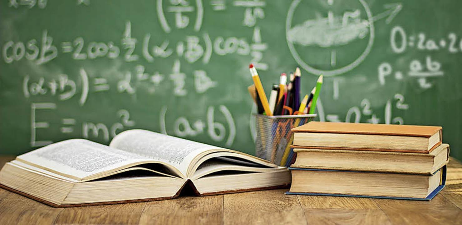Zurück zu Büchern, Heften und Hausaufg... und Jugendliche am kommenden Montag.   | Foto:  fotolia.com/Dusanka Visnjican