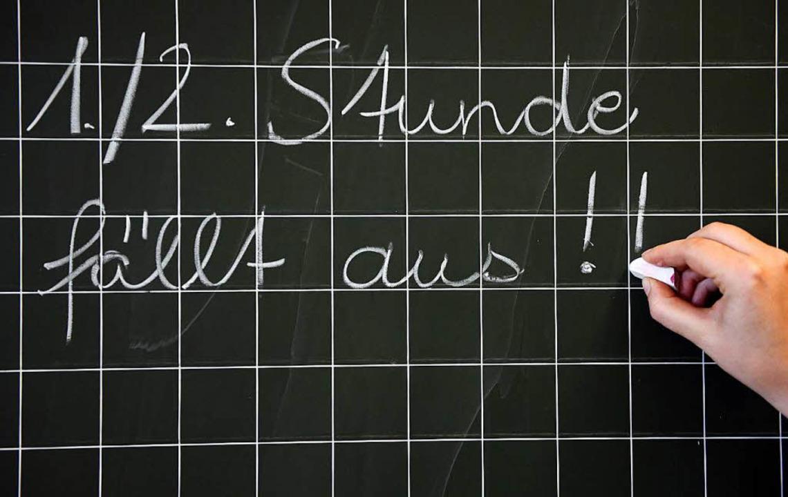 In der Ortenau hält sich der Stundenausfall durch Lehrermangel in Grenzen.  | Foto: dpa