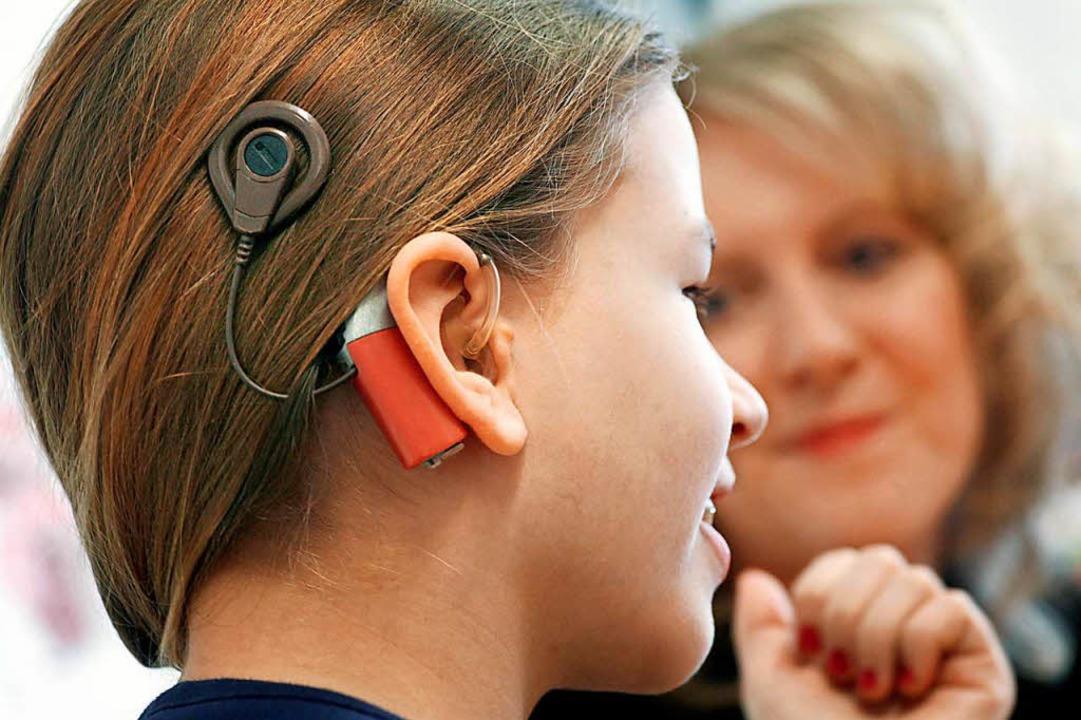 Das Cochlea Implantan überbrückt ein ausgefallenes Innenohr.  | Foto: Frank Rumpenhorst